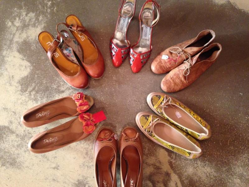 Schuhe im Kreis